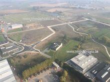 Industriegrond te koop Onledegoedstraat - Wagenbrugstraat - Rijksweg te Roeselare  Diverse loten industriegrond met zicht vanaf de Rij...