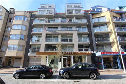 Knap bemeubeld appartement met 2 slaapkamers in de nieuwbouwresidentie Seahorse, centraal te Nieuwpoort-Bad. Dit zongerichte appartement bied u all...