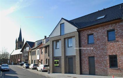 Inhet centrum vanKeiem vinden we deze  ruime  (ca. 163 m²) instapklare  nieuwbouw  woning. Het betreft een <str...