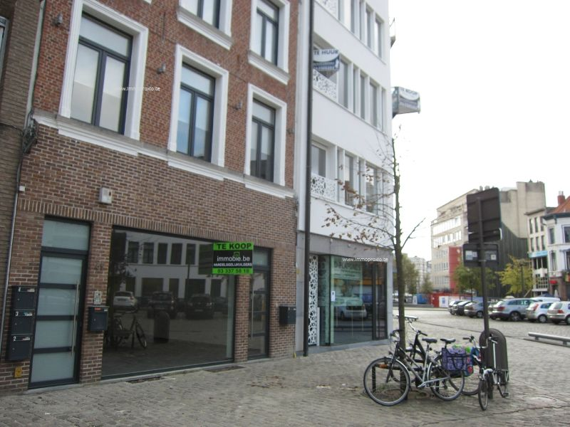 Handelspand Te huur Antwerpen (2000)