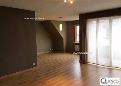 Zeer tof instapklaar appartement met 2 slaapkamers in een gebouw met slechts 5 appartementen. Ruime (leef)keuken en gezellige leefruimte met aanslu...