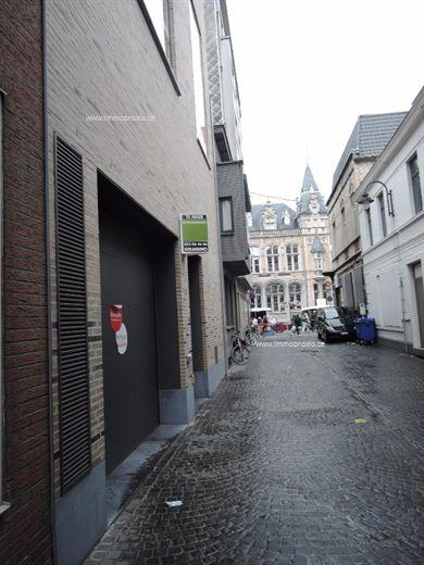 Parkings te huur centrum Roeselare aan interessante huurprijs!