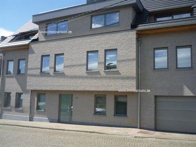 Dit nieuwbouwappartement is werkelijk een toppertje!  Het appartement bevindt zich in de nabijheid van het centrum van Zottegem.   Indeling: Ruime ...