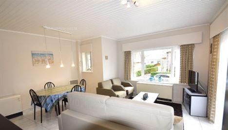 Tennis garden Oostlaan 16 8420 Wenduine Perfect onderhouden appartement op de 1ste verd. van een kleine residentie, rustige ligging kortbij het ver...