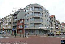 Cozy, gemeubeld appartement gelegen op een boogscheut van het Rubensplein & de Lippenslaan. Het appartement omvat een lichtrijke woonkamer met balk...