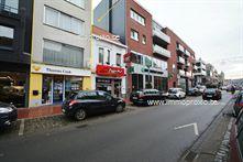 Mooie OPBRENGSTEIGENDOM op TOPlocatie (200 meter van de markt) te Roeselare  .    INDELING:  <br ...