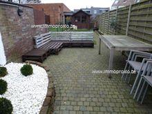 Ruime woning met zonnige tuin! Deze leuke woning is instapklaar en ideaal gelegen in de buurt van alle invalswegen, winkels, scholen en het openbaa...