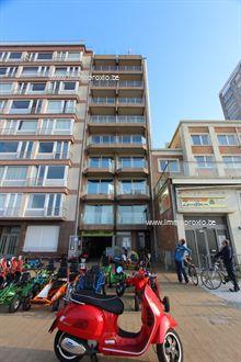 Zéér gezellig, bemeubeld appartement met 2 slaapkamers + slaaphoek op de Zeedijk te Nieuwpoort-Bad. Uitermate knappe zicht over de Noordzee, zeedij...