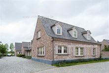 Recent gebouwde woning met mooie ruimtes, zeer rustig gelegen in het pittoreske Ramskapelle, op een paar kilometer van het centrum van Knokke. Deze...