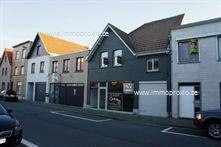 Goed onderhouden, gezellige woning met handelsruimte, geschikt voor alle commerciële doeleinden centraal gelegen nabij de Groentemarkt en de Lippen...