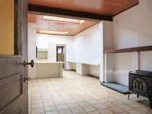 Deze woning bestaat uit  : inkomruimte (eventueel berging/bureel) , leefruimte met open keuken, wasplaa...
