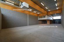 Magazijn Met Kantoor te koop in Tielt (8700)