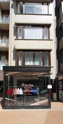 Commercieel in Nieuwpoort, Albert I-Laan 236