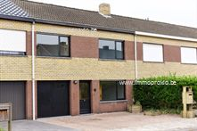 Woning in Merelbeke, Acaciastraat 13