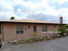 Huis in Buzanada, .