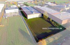 Bedrijfsgebouw te koop in Wingene