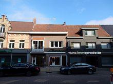 Huis in Wingene, Kerkplein 10