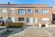 Huis in Wondelgem, Hazenlaan 10