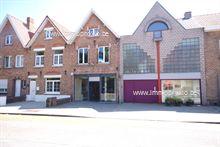 Winkel Met Woonst in Assebroek, Vossensteert 8