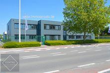 Kantoorgebouw te huur in Oostkamp