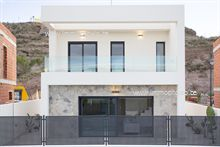 3 Maisons neuves a vendre à Aguilas