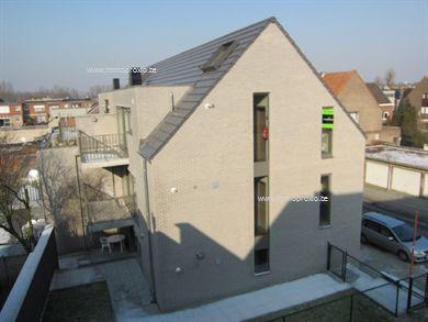Eén slaapkamer appartement, 77 m2 + 8 m2 terras op eerste verdieping in stijlvol nieuwbouw complex te Burcht. Prijs inclusief ondergrondse autostaa...