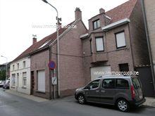 Centraal gelegen projectgrond bestaande uit 2 woonhuizen   Totale oppervlakte 437m²;<b...