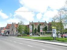 vanaf 50 m² tot 850 m², uitermate goed bereikbaar met heel wat parkeergelegenheid voor de deur, oppervlakte en prijs overeen te komen